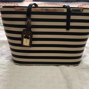 Beautiful Aldo Bag beige and black stripes